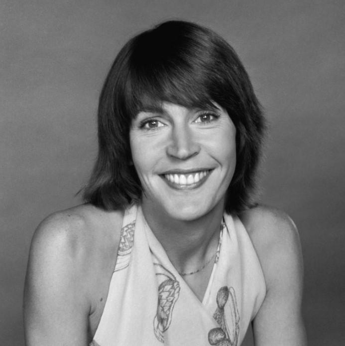 Helen Reddy young