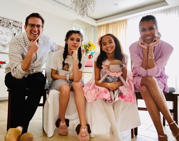 Harris Faulkner family