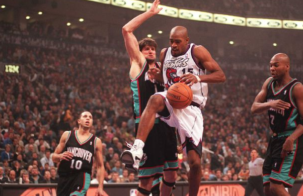 Vince Carter against the opponent