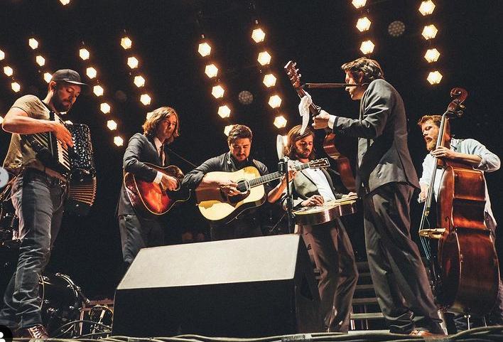 Band members of 'Mumford & Sons'