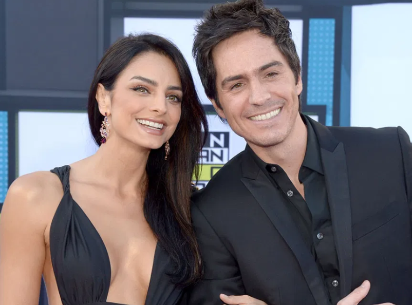 Aislinn Derbez With Her Husband, Mauricio Ochmann