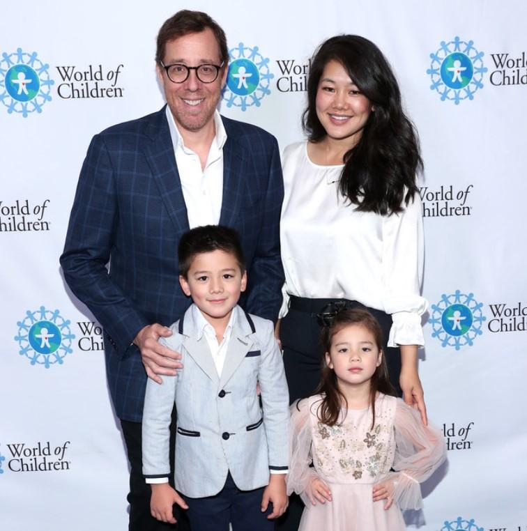 Rob Minkoff family