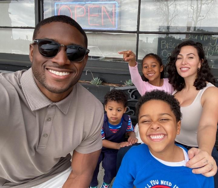 Reggie Bush family