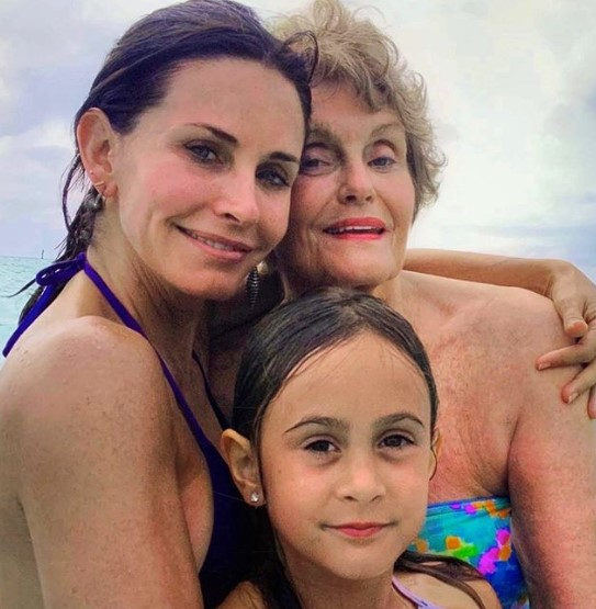 Courteney Cox mother