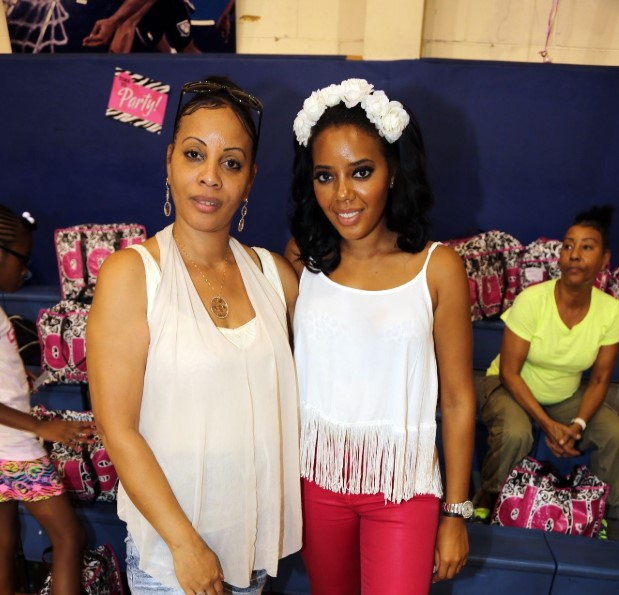 Angela Simmons mother