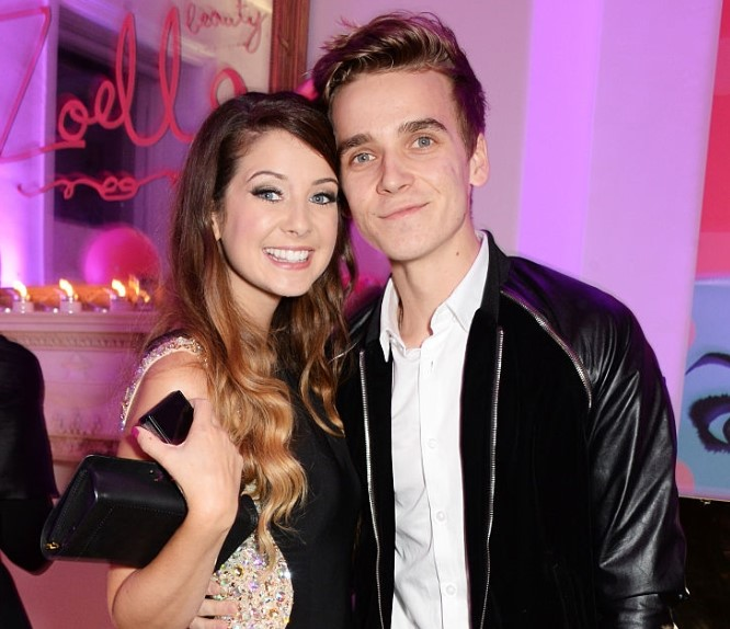 Zoe Sugg sibligns