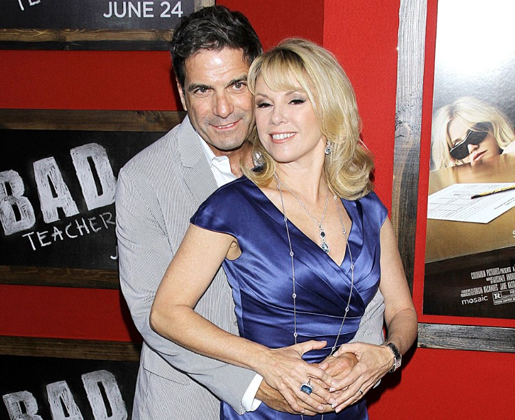 Ramona Singer married