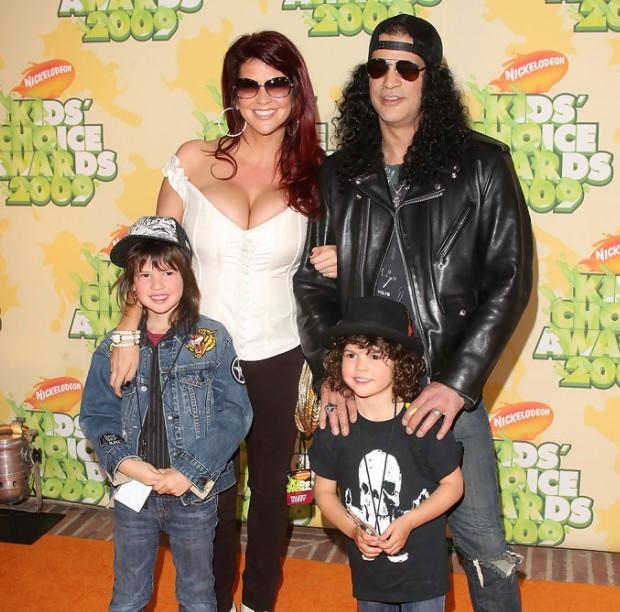 Slash family
