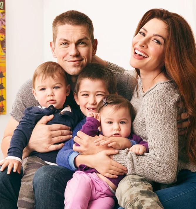 Sarah Shahi family