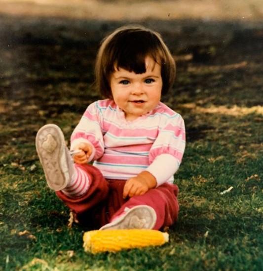 Serinda Swan young