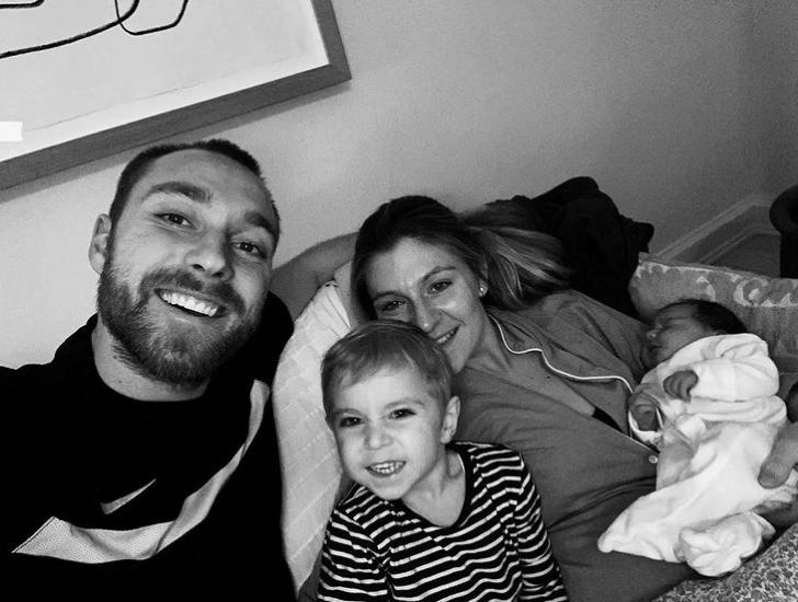Christian Eriksen family 4