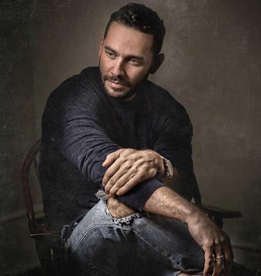 Jonathan Rivera - Bio, Net Worth, Affair, Wife, New Gf
