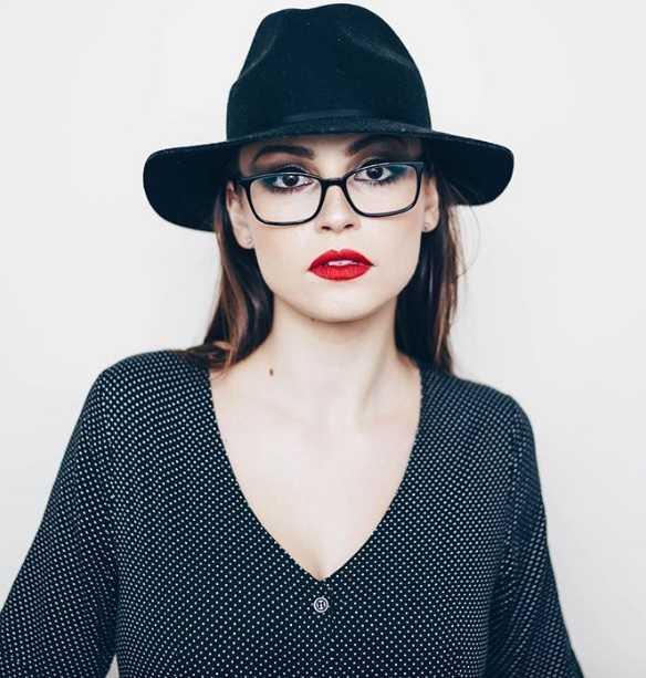 Kayla Wallace