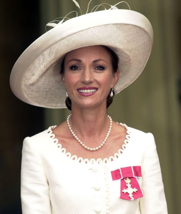 Jane Seymour honors