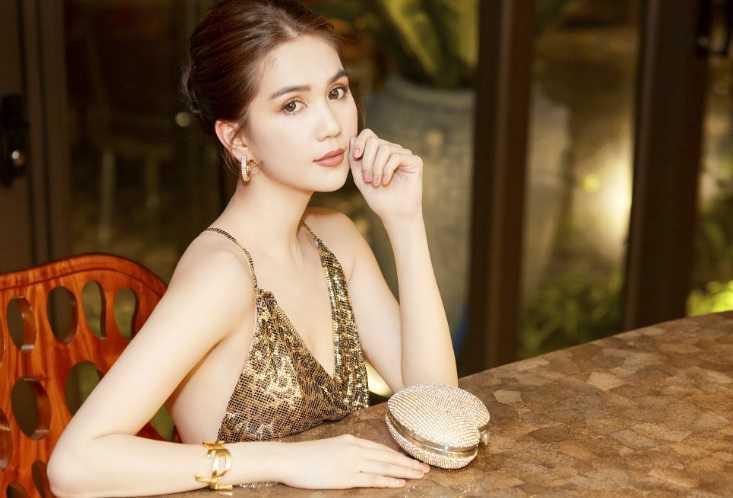 Ngoc Trinh Career