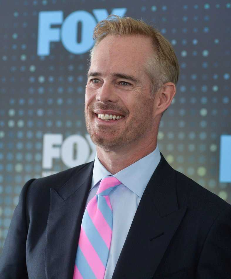 Joe Buck Early Life