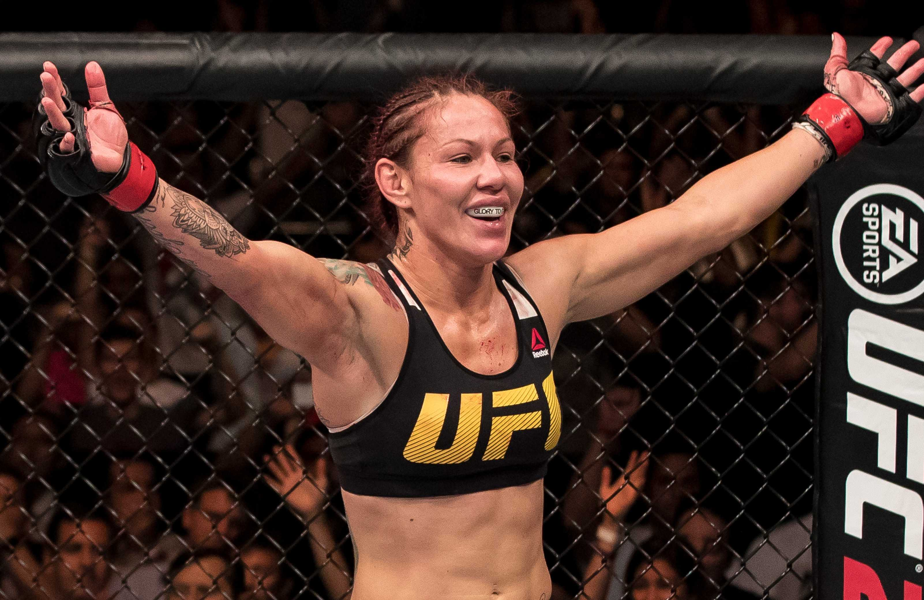 Cris Cyborg Early Life