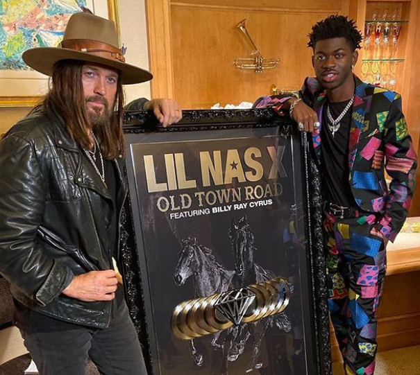 Billy Ray Cyrus In Lil Nas X Old Town Road