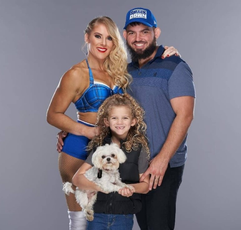 Lacey Evans family