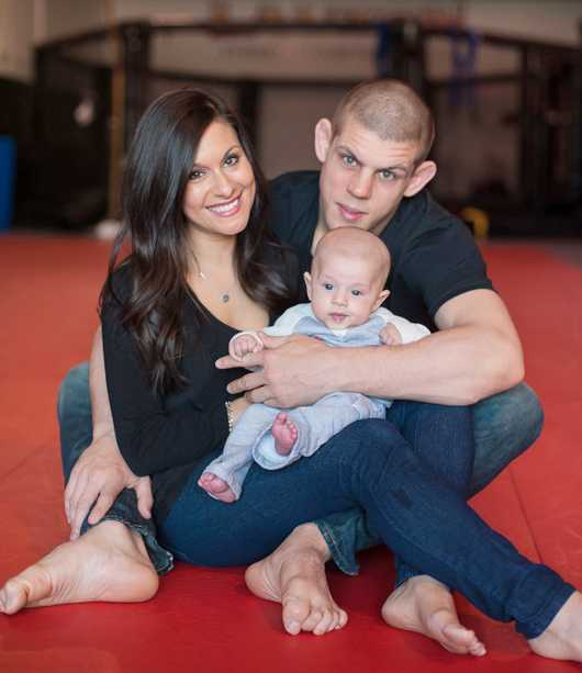 Joe Lauzon Family