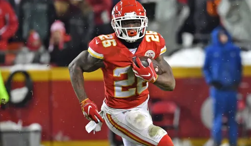 Damien Williams Bio Net Worth Current Team Contract Trade Stats Salary Married Wife Lilly Injury Record Age Facts Wiki Height Parent Gossip Gist