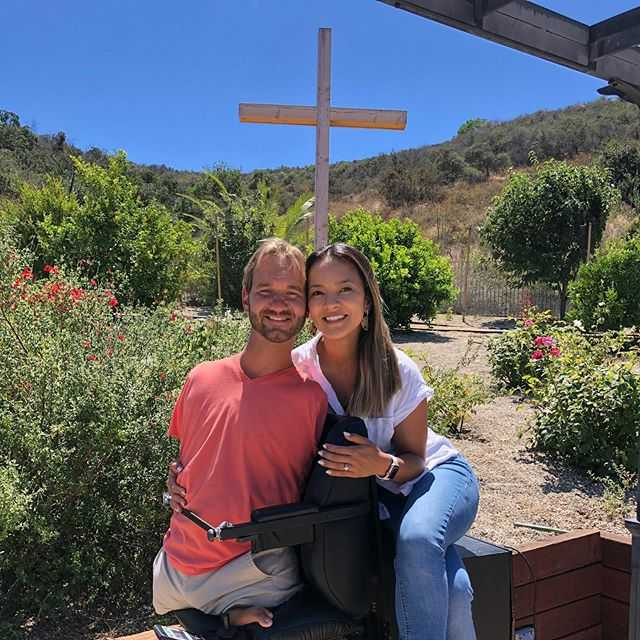 Nick Vujicic Love ones