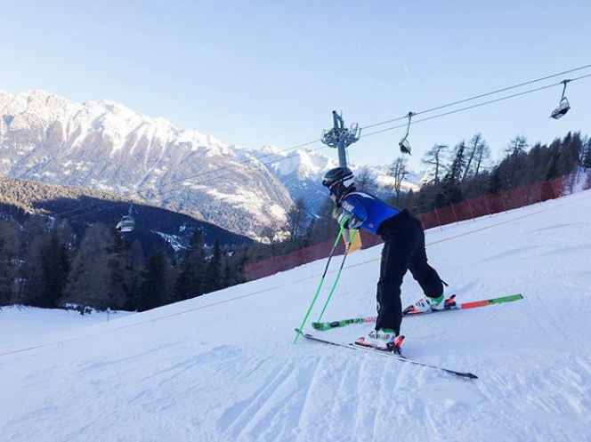 Alice Robinson Alpine Ski Racer