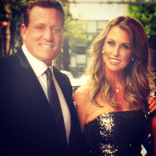 Jeremy Roenick with his wife