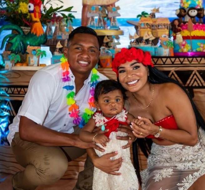 Alfredo Morelos family