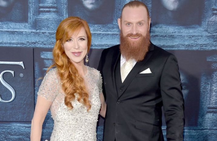 Kristofer Hivju With His Wife