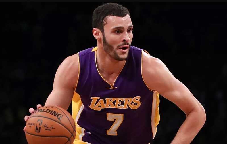Larry nance Jr. Basketball