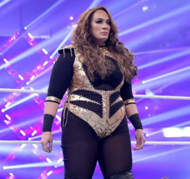 Nia Jax Height