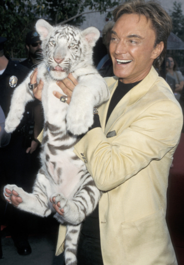 Roy Horn With White Tiger