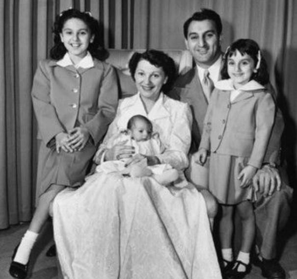 Marlo Thomas Family