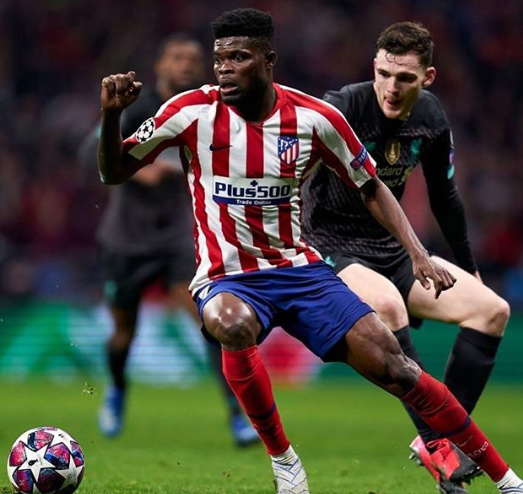 Thomas Partey Heading The Ball