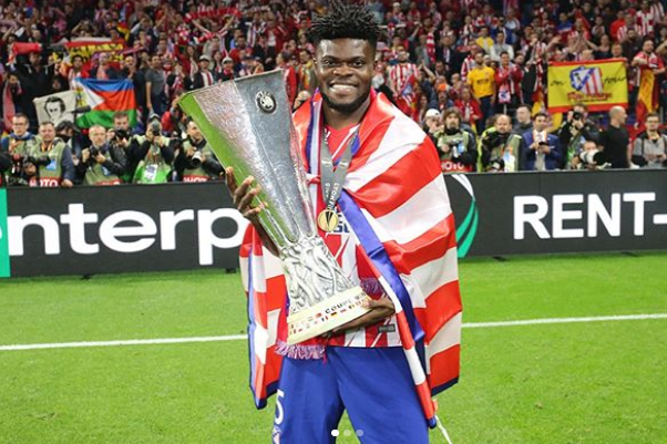 Thomas Partey Holding The Trophy