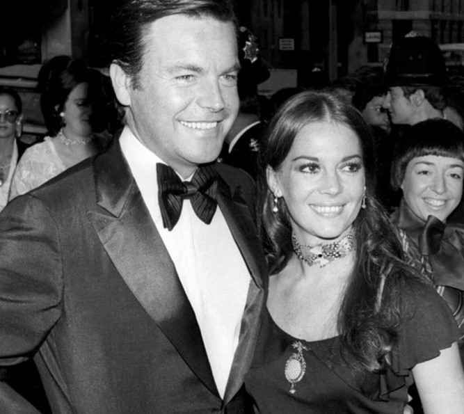 Robert Wagner Wife