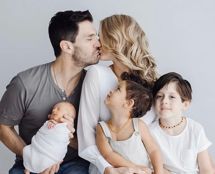 Barry Zito with his wife and childrens