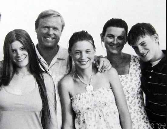 Rooney Mara family
