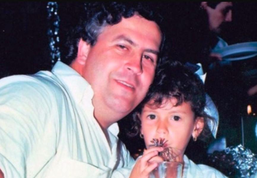 Manuela Escobar father