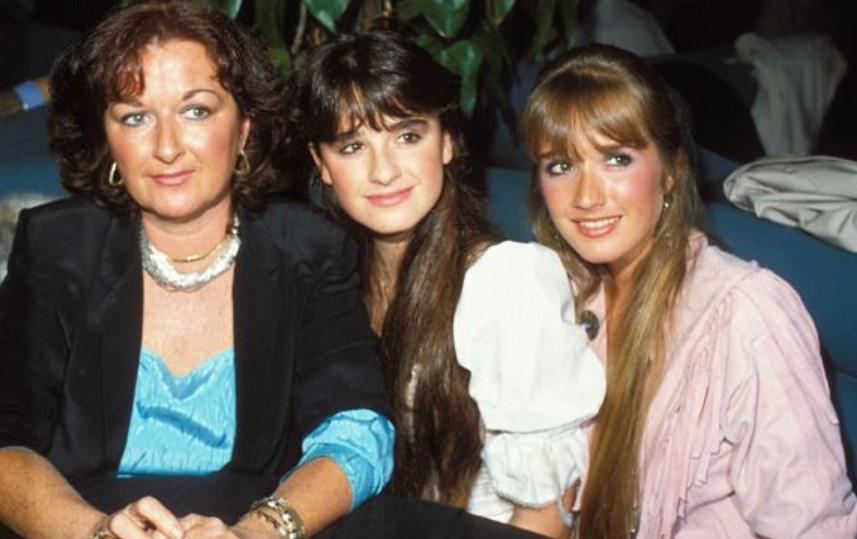 Kyle Richards mother