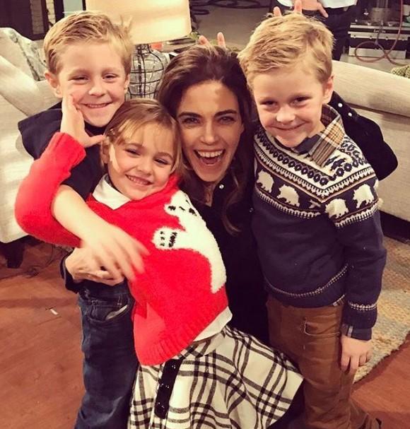 Amelia Heinle kids