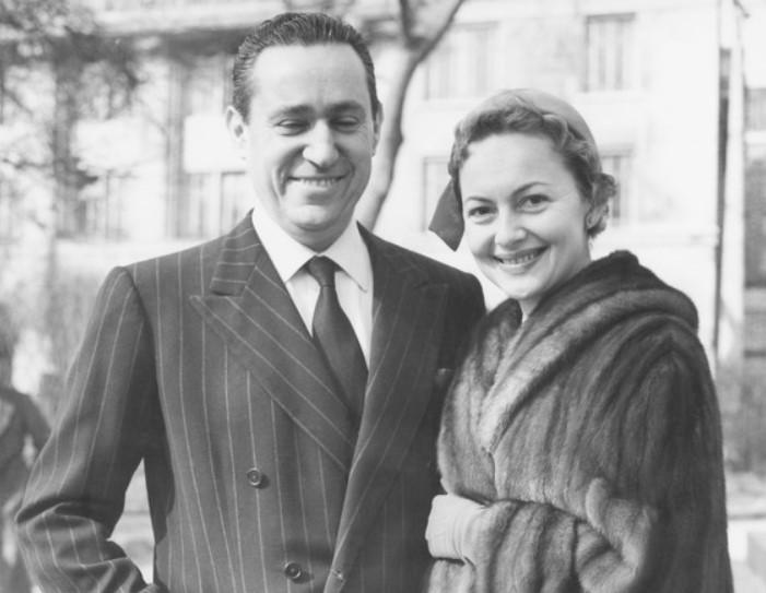 Olivia de Havilland husband