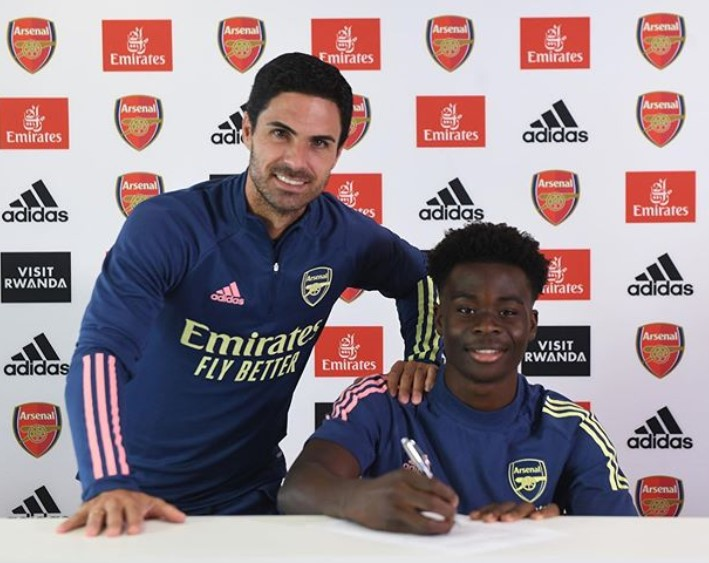 Bukayo Saka contract