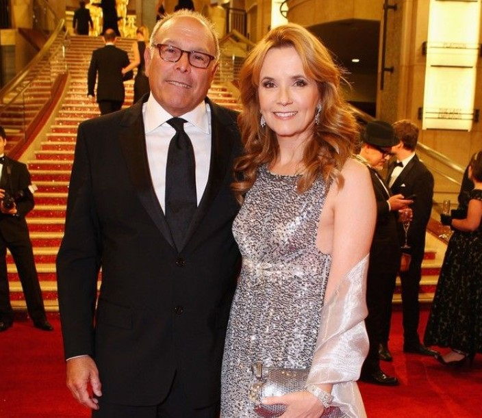 Lea Thompson husband