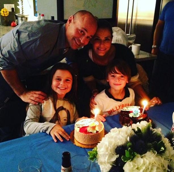 Noah Schnapp family
