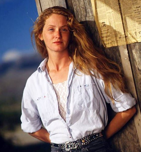 Melissa Leo young