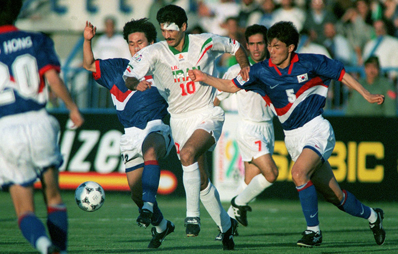 Ali Daei against the opponent