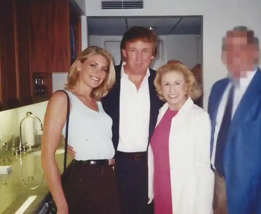 Amy Dorris Donald Trump