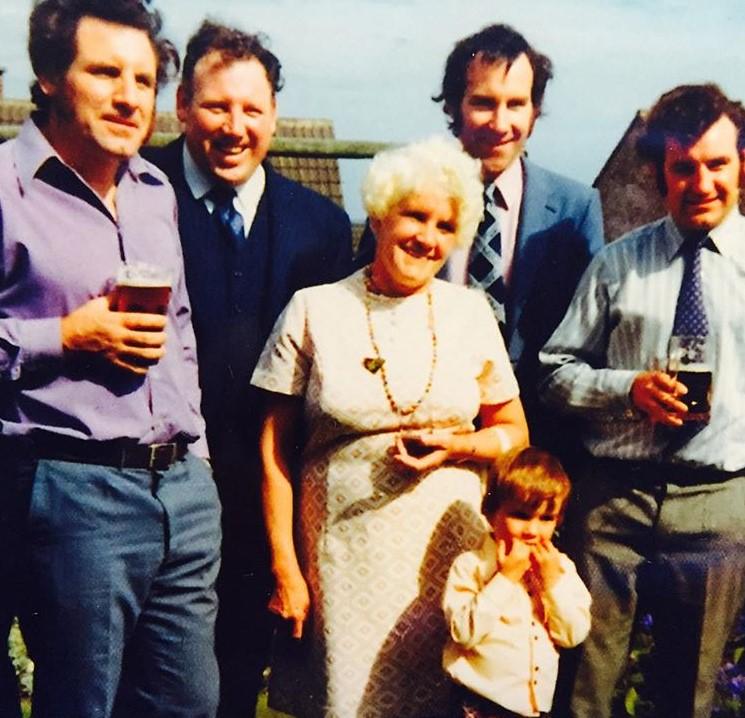 Joe Duttine family